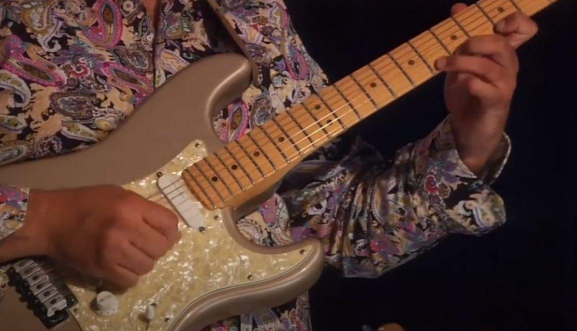 Electric-Guitar-Arturo-Romeo