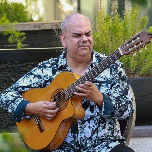 Arturo Romay - Guitarist & Composer